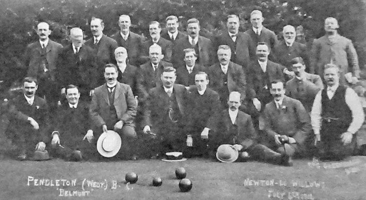 Belmont Bowling Club members 1902